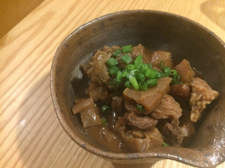 祖母の味を追い求めて…牛すじの味噌煮込み【レシピ】