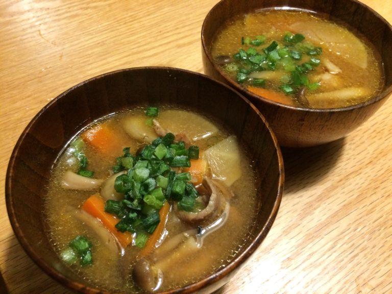 塩分制限があっても味噌汁飲みたい!具材たっぷり根菜の豚汁レシピ!